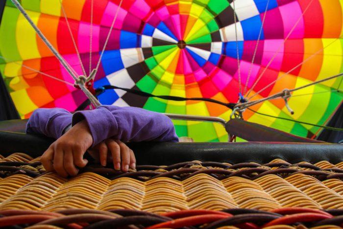 Montgolfière multicolore