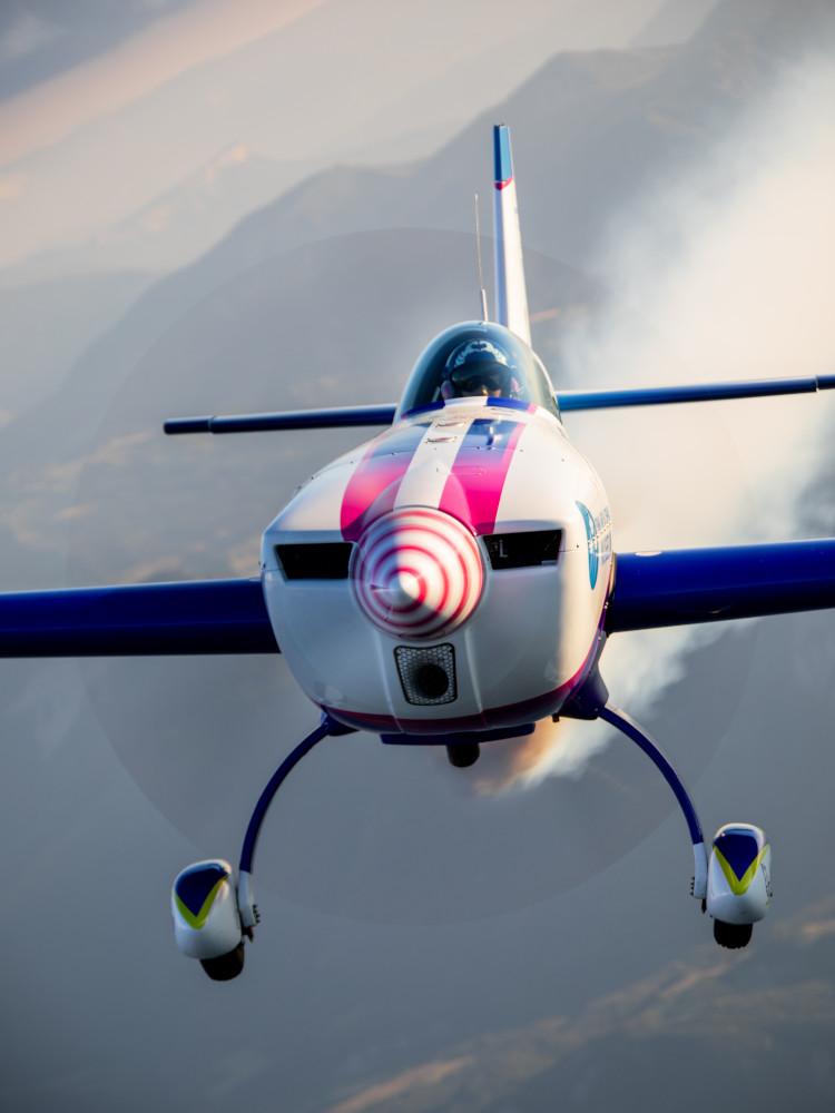 Voltige aérienne : looping gold